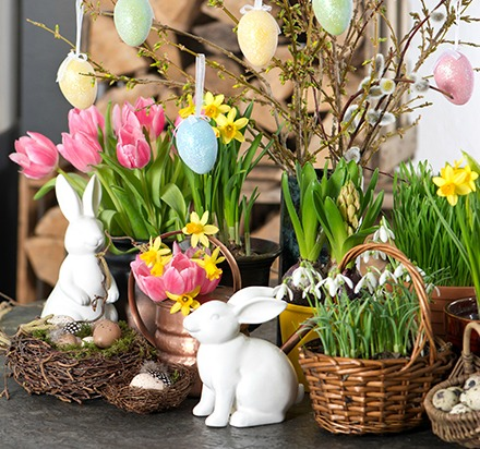 Easter Centerpiece Display